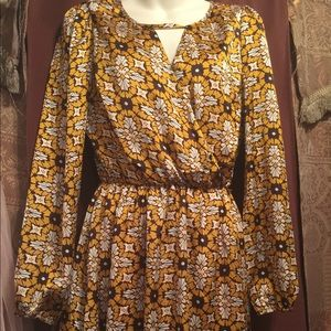 Doe & Rae cute dress size M